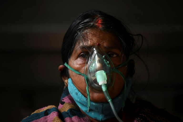 Deadly oxygen shortages as India nears 20m cases