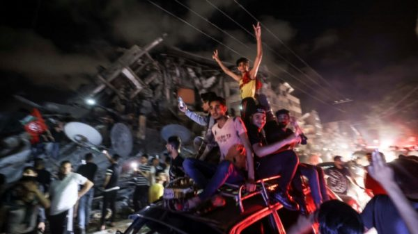 Israel-Palestinian ceasefire takes hold