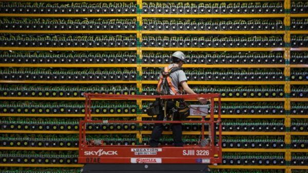 Bitcoin tumbles below $40,000 after China issues warning