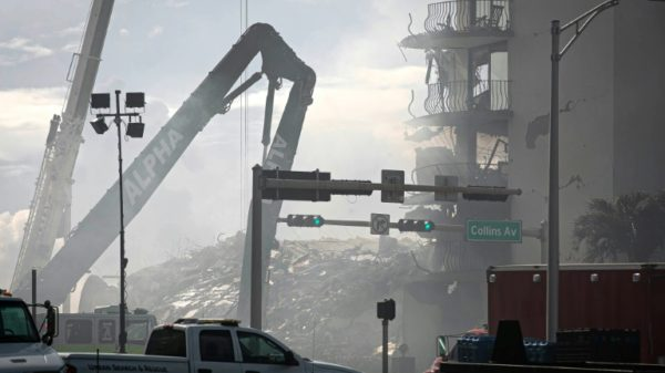 Death toll from Florida building collapse climbs to five