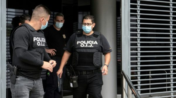 Executive offices in Costa Rica searched, several arrests in corruption probe