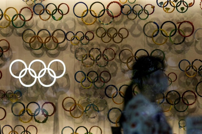 New poll finds half of Japanese back Olympics this summer