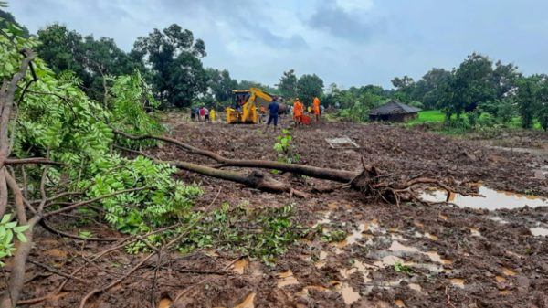 India rescuers hunt for survivors as monsoon toll hits 79