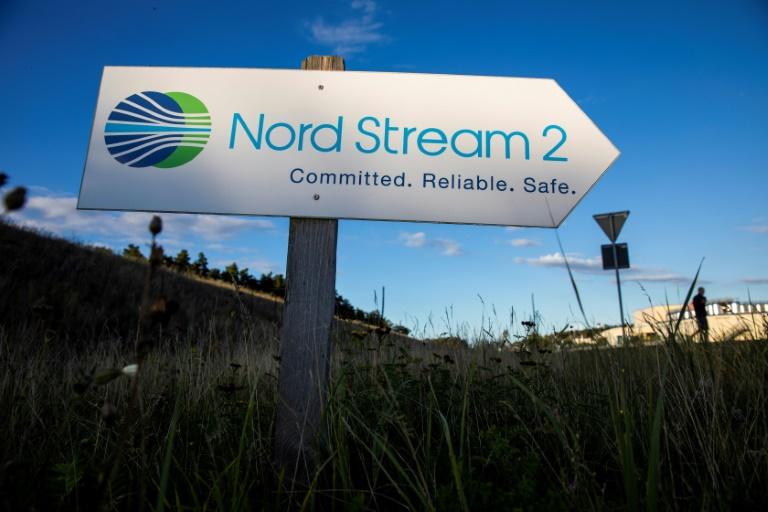 US, Germany pipeline deal warns Russia, seeks Ukraine transit