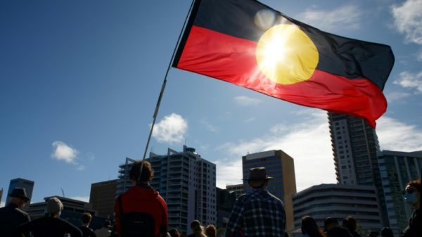 Australia to make reparations for 'stolen generation'