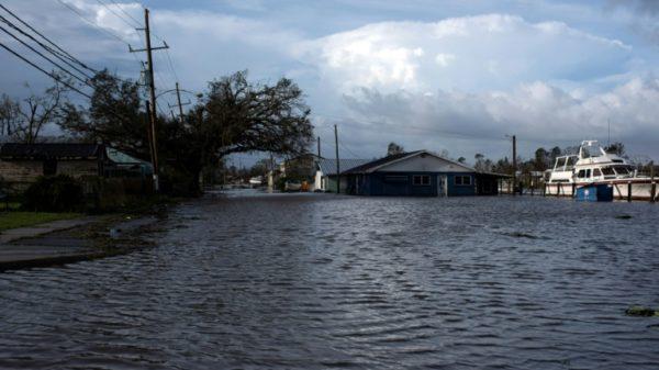 Ida death toll edges upward as US South surveys damage