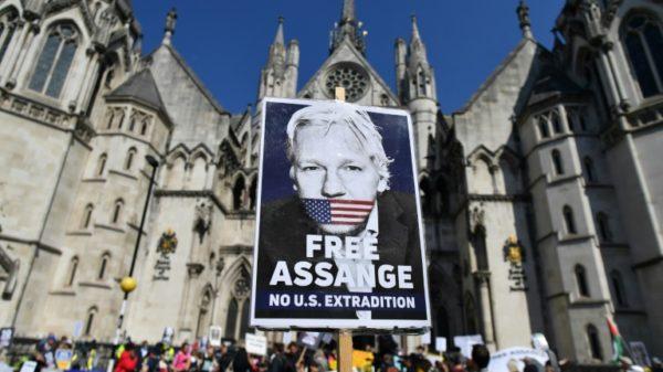 US says UK judge who blocked Assange extradition was misled