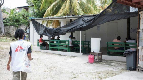 Gang violence forces MSF to close Haiti hospital
