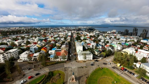 Icelanders go to polls fearing a big 'unstable' coalition