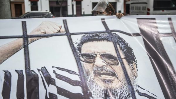 Peruvian authorities refuse to hand over body of late guerilla leader to wife, for now