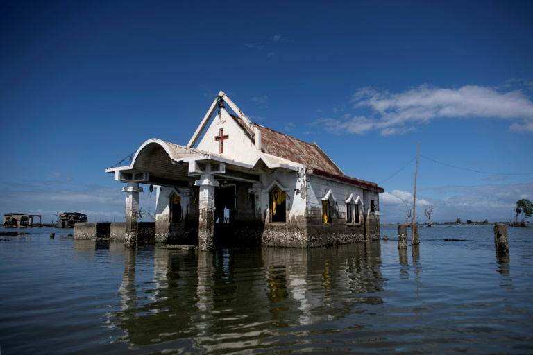 Climate change fuelling surge in property insurance: Swiss Re