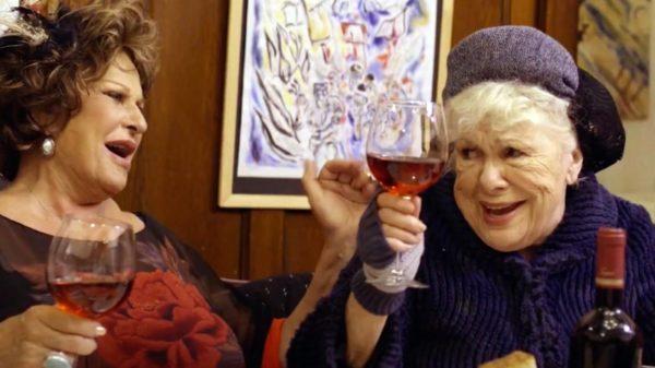 Lainie Kazan and Renée Taylor in 'Tango Shalom'