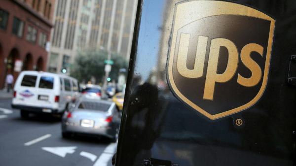 UPS exec sees supply chain disarray extending into 2022