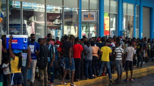 Mexican city becomes 'prison' for thousands of migrants