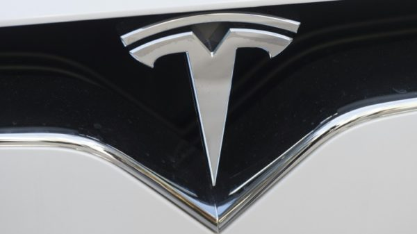 US officials slam Tesla over 'inaction' on safety upgrades