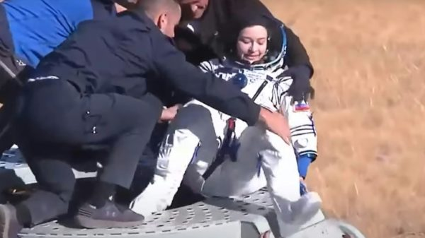 Russians return to Earth after filming first movie in space
