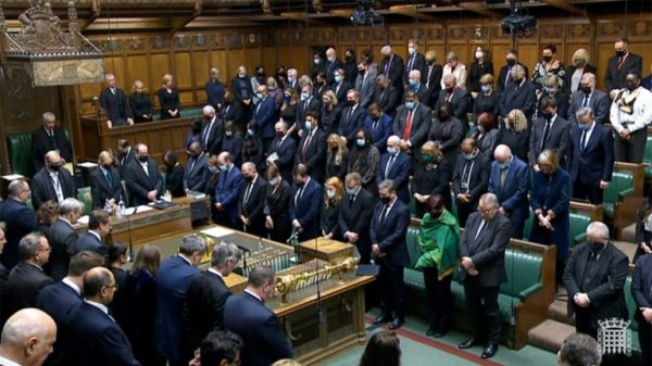 UK parliament holds minute silence in tribute to slain MP