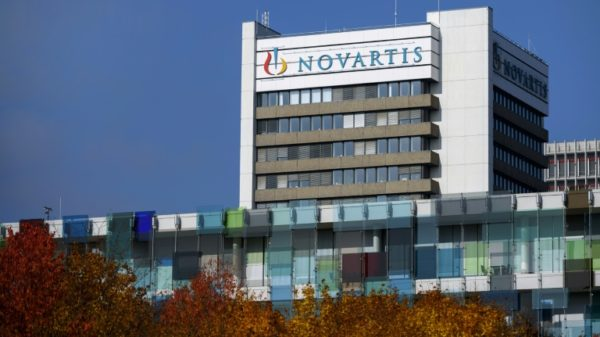 Novartis mulls spinning off Sandoz generic drug unit