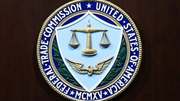 US regulators warn firms over fake online reviews
