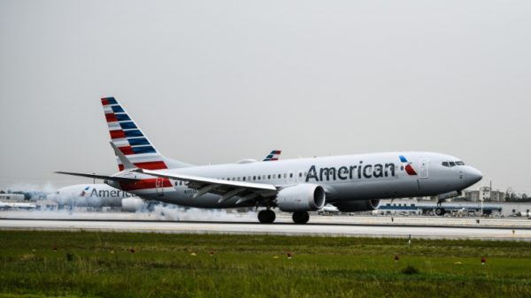 American Airlines bullish on holidays after Delta variant hit