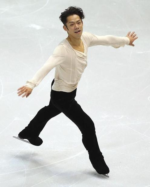 Daisuke Takahashi of Japan performs during Skate America  at Joe Louis Arena in Detroit  Michigan  o...