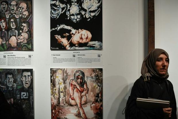 The project involved working with 25 graphic illustrators  who contributed artwork depicting the vio...