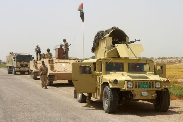 Iraqi government forces on patrol southwest of Fallujah on June 21  2016