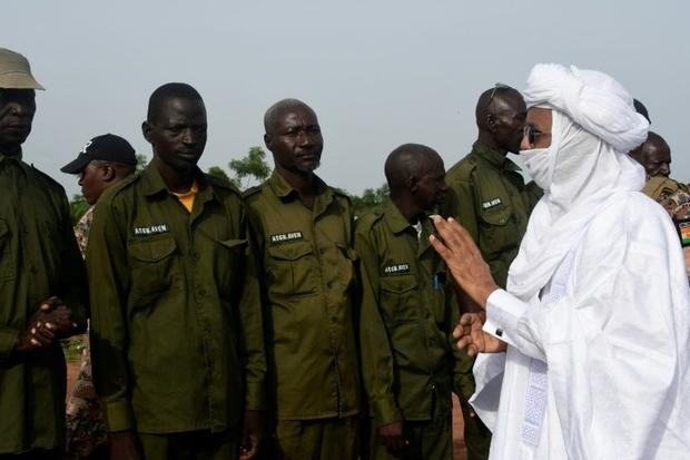 Prime Minister Brigi Rafini visited the reserve  vowing better security