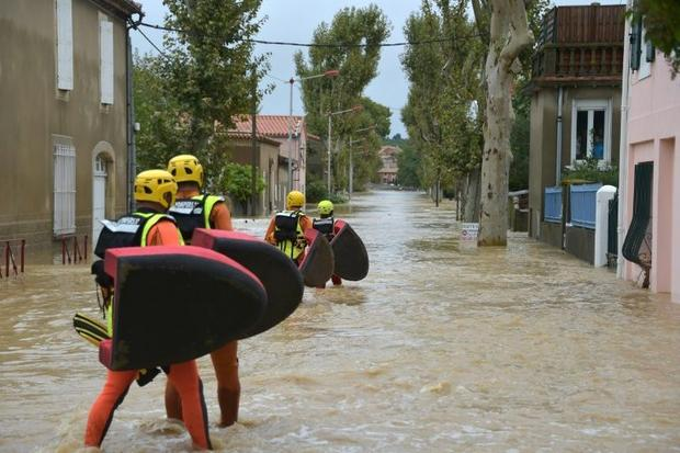 Some 600 firefighters were sent in to help evacuate residents