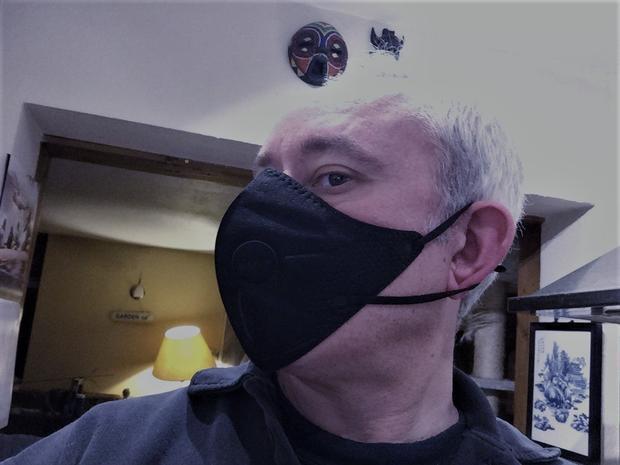 Digital Journal s Tim Sandle wearing an AirPop mask.