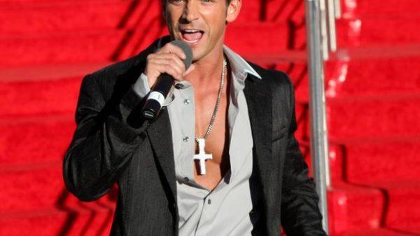 Jeff Timmons of 98 Degrees