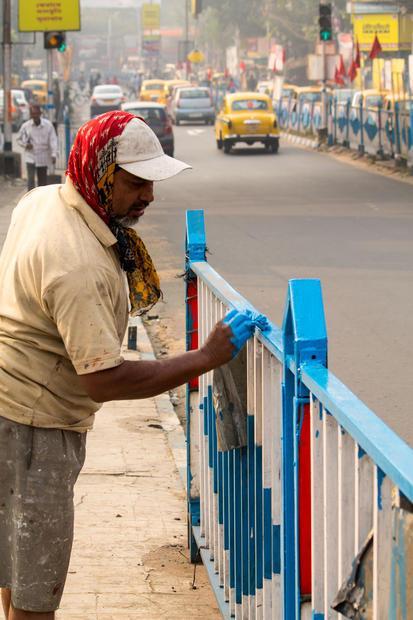 Kolkata  India. Dhakuria Bridge.
