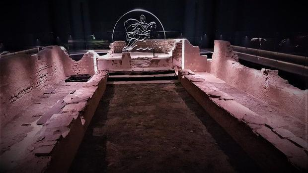 A temple of the Roman mystery religion centered on the god Mithras  in London.