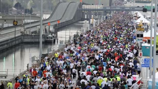 Over 12 000 people attended the grand opening of the bridge on Saturday.