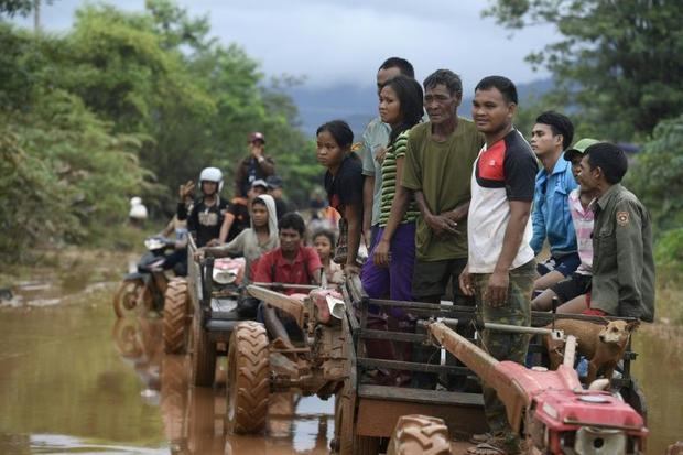 Conservation groups say thousands displaced by the dam disaster are living 'hand to mouth'...