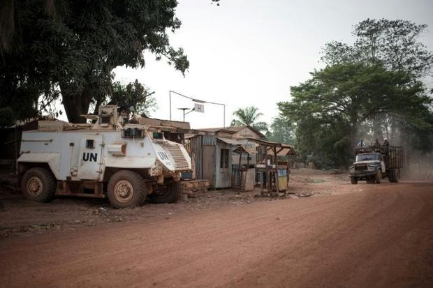 An armoured vehicle of the UN mission MINUSCA  guarding access to Bambari's hospital