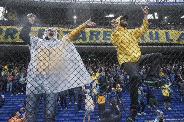 Boca Juniors fans in their home Bombonera stadium during the Copa Libertadores final first leg