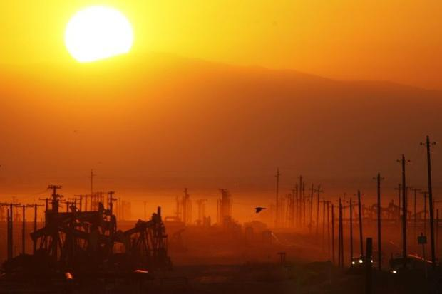 US shale oil producers are ramping up output  denting OPEC's efforts to fight a global supply g...