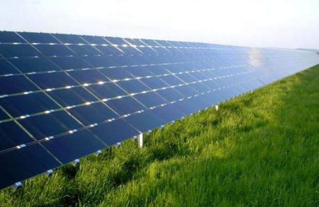 Thin-film PV array of cadmium telluride (CdTe) solar modules manufactured by U.S. company First Sola...
